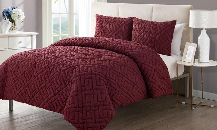 embossed down alternative comforter 2 pcs set burgundy size twin xl. Black Bedroom Furniture Sets. Home Design Ideas